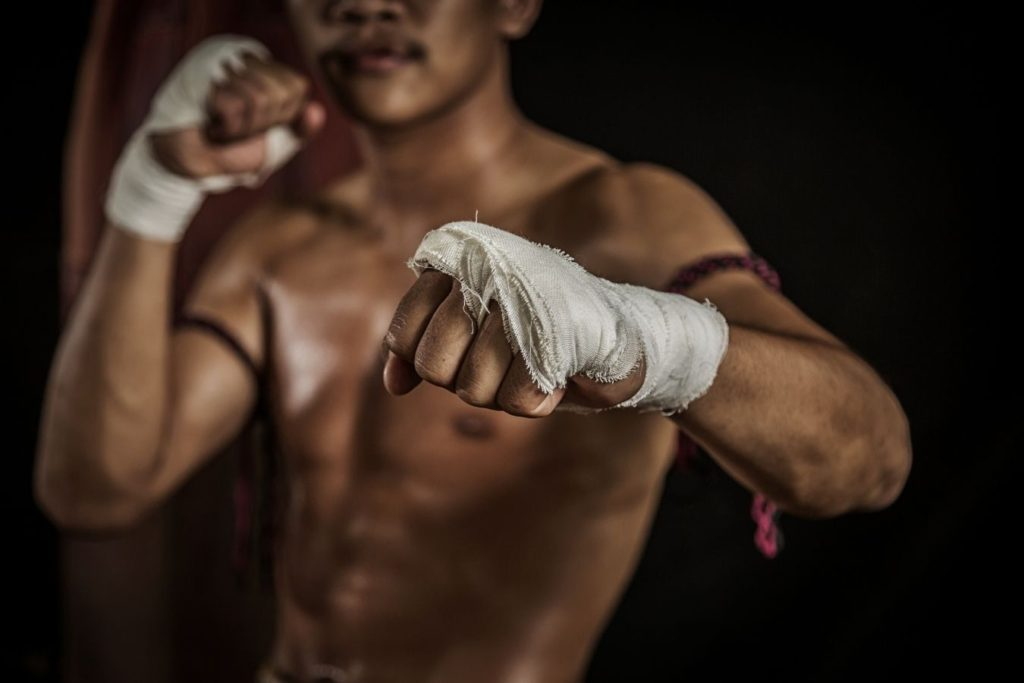 Should you learn muay thai or kickboxing