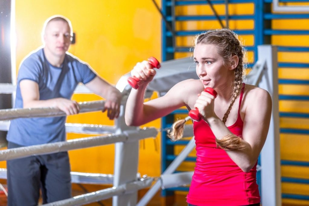Does lifting weights make you slower for boxing