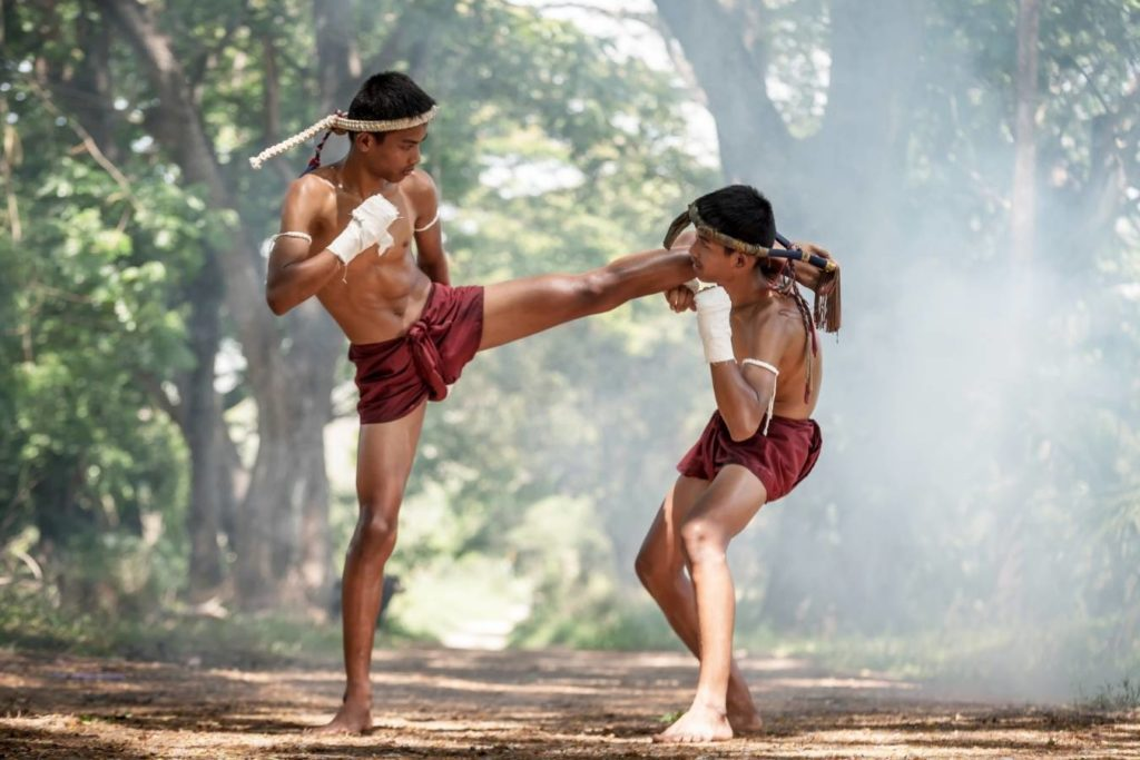Why do muay thai fighters wear headbands